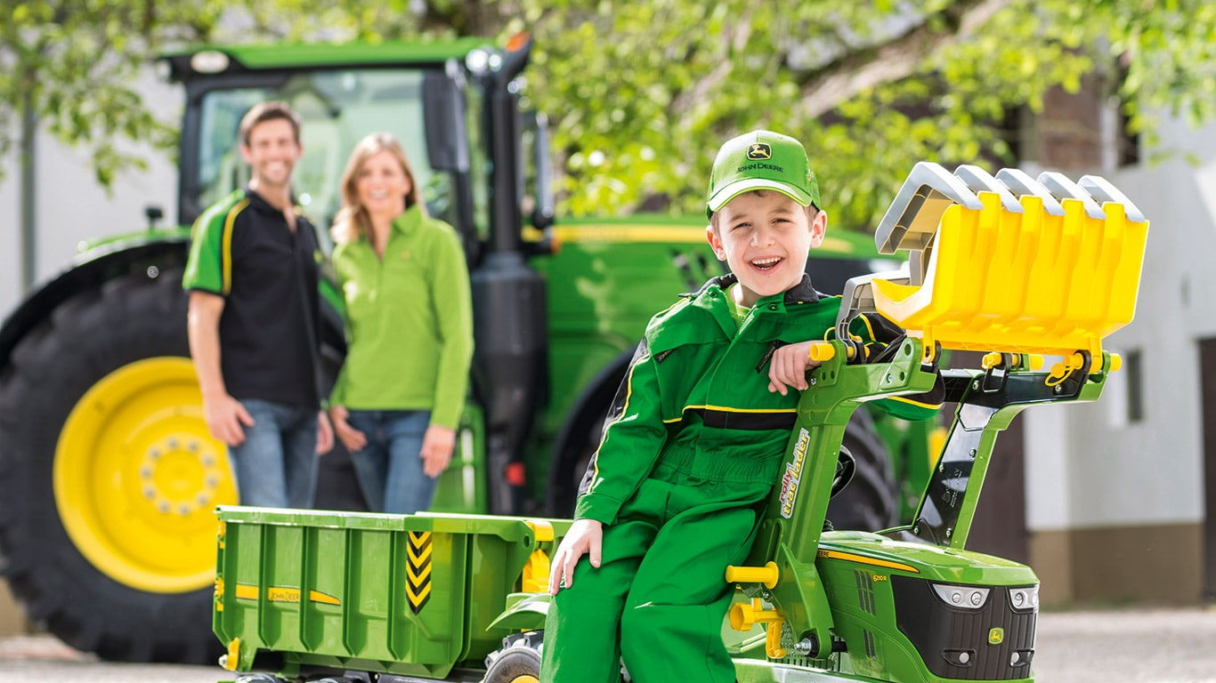 Copertina brochure John Deere Collection